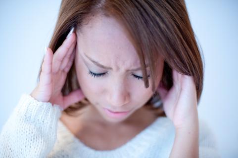噛み合わせのずれが頭痛や肩こりの原因