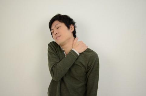 狭心症の症状は上半身の左側に出る