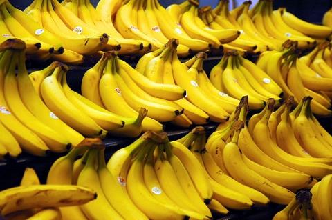 肌にいい食べ物なら1日2本のバナナで決まり