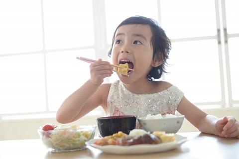 朝食抜きダイエットは筋肉をつけるのには逆効果