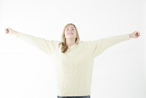 体幹ストレッチで姿勢がよくなると若々しくなる