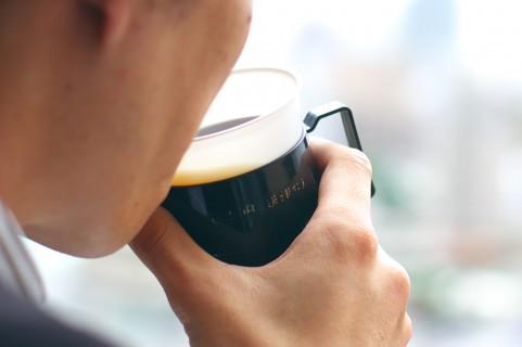 ポリフェノールは飲み物でこまめに摂ると効果的