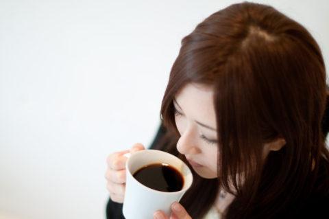 コーヒーの健康効果は1日ブラック3杯がベスト