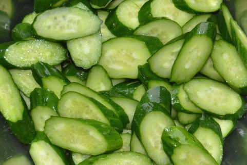 きゅうりダイエットが効果的なのは脂肪分解酵素