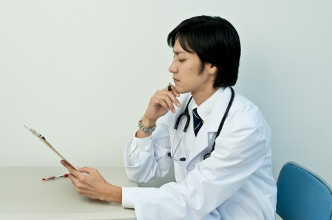 尿酸値が高いと必ず痛風を発症するわけではない