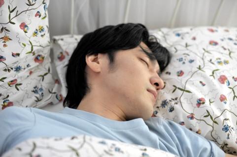 膿栓の原因は慢性扁桃炎による細菌の死骸の塊