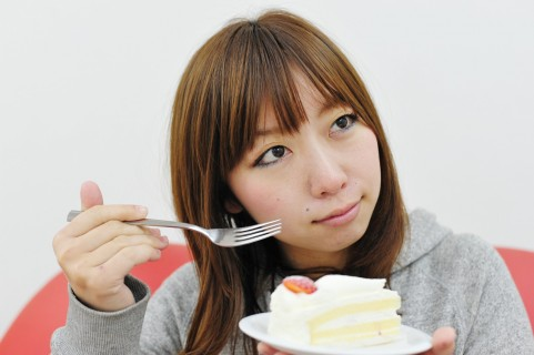 内臓脂肪レベルを上げない食事は低糖質で低脂肪