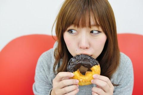 内臓脂肪レベルを食べたいものを我慢せず減らす