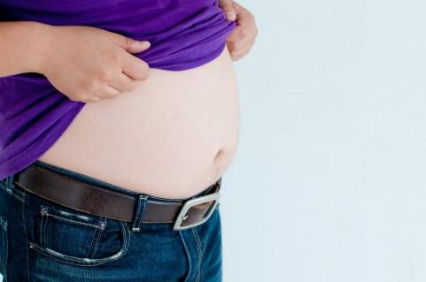 妊婦がダイエットするとお腹の子が肥満になる