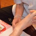 足の裏のセンサーを鍛えて転倒防止