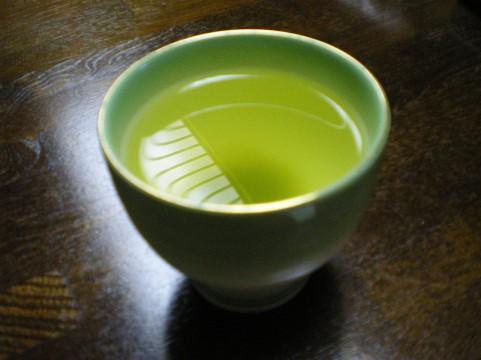 認知症の予防には緑茶!