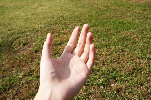 手根管症候群は人差し指と中指のしびれ