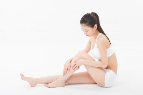 足のむくみを解消するリンパマッサージのやり方