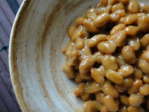 大麦レシピはネバネバ食材を合わせると相乗効果