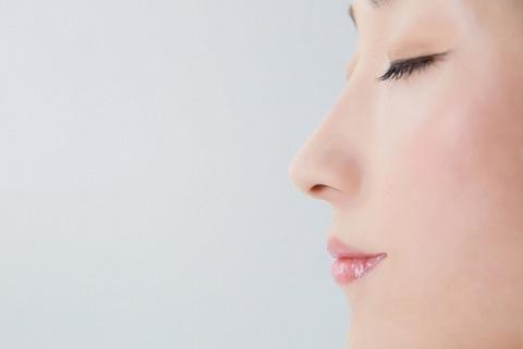 鼻づまりは温めると解消する医学的な根拠とは?