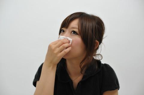 鼻づまりの原因は鼻水をかんでも解消しない件