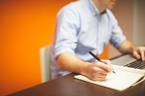 営業のコツは売るときに択肢を3つ以上用意する
