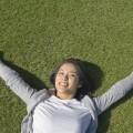 ゴキブリ体操で健康維持する元バドミントン選手