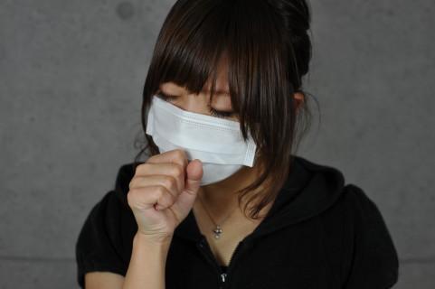 伍代夏子が九死に一生を得た間質性肺炎