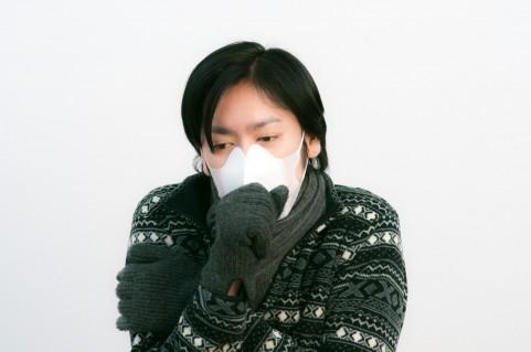 大人喘息が30年間で3倍!長引く咳には要注意