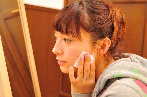 乾燥肌対策は皮膚温度を28度以下にしないこと