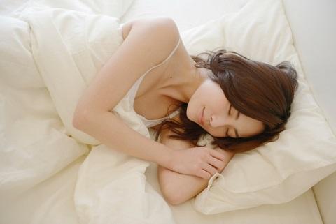 泥のように眠るためのストレッチは深部体温が鍵