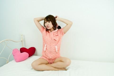 寝る前のストレッチとして効果的なのは「静的」