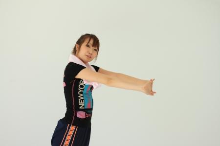 高齢者向け機関車体操でインナーマッスルを強化