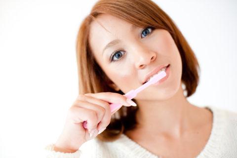インフルエンザ予防は起き抜けの歯磨きが効果的