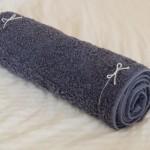 骨盤枕はバスタオルを丸まるだけでもOK