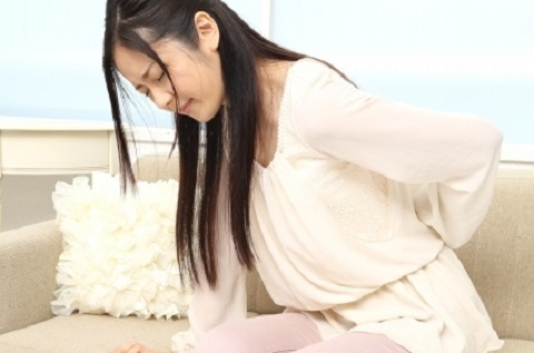 足の付け根の軟骨がすり減りが腰痛の原因だった